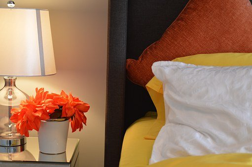 Las mesitas de noche son ideales en cualquier dormitorio
