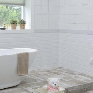 baños pintados o los baños alicatados