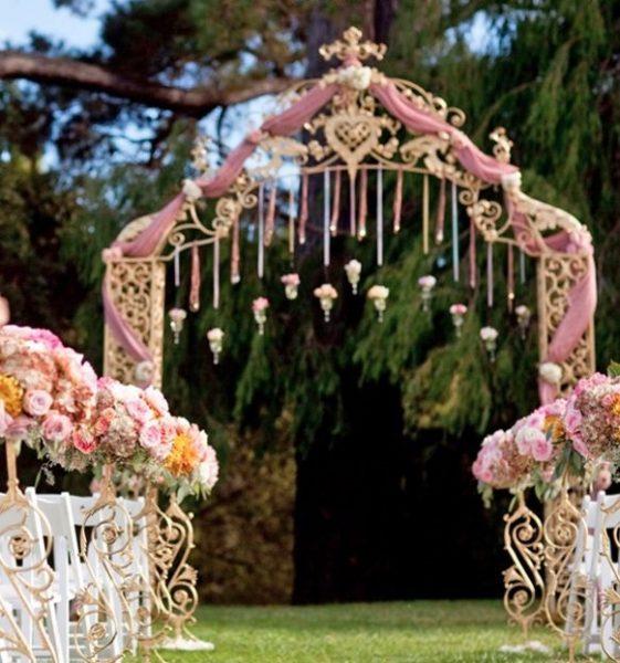 Decoración para boda vintage en el jardín